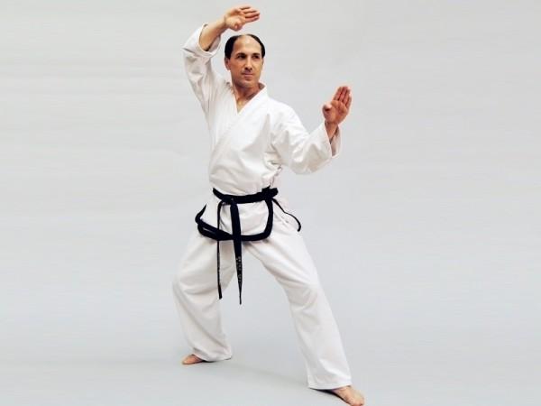 Taekwondo Meister-Dobok Traditional