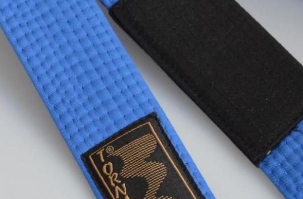 BJJ Gürtel blau, schwarzer Balken